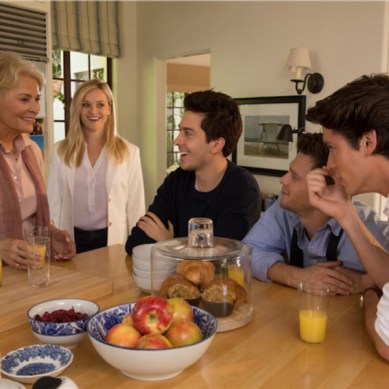 Movie Review: 'HOME AGAIN' – Mama, I'm coming home