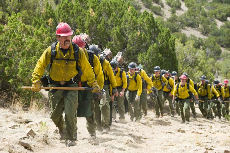 Movie Review: 'ONLY THE BRAVE' offers a stirring, solidly crafted tribute