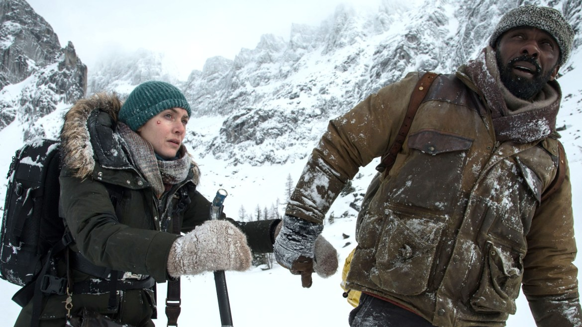 Movie Review: 'THE MOUNTAIN BETWEEN US' – an icy romance with peaks and valleys