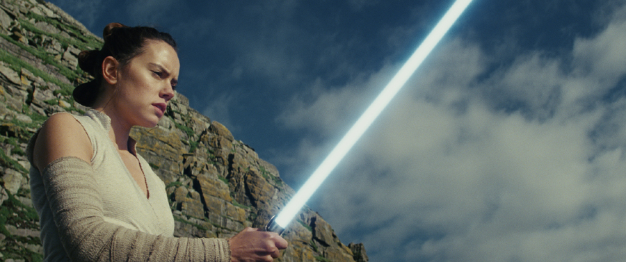 Movie Review: 'STAR WARS: THE LAST JEDI' – A Forceful Change