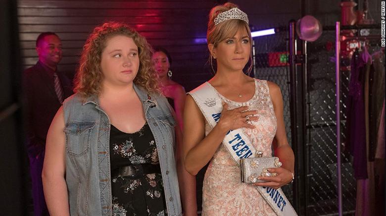 Review: 'Dumplin' Brings Glitter, Glitz, and Aniston to Netflix
