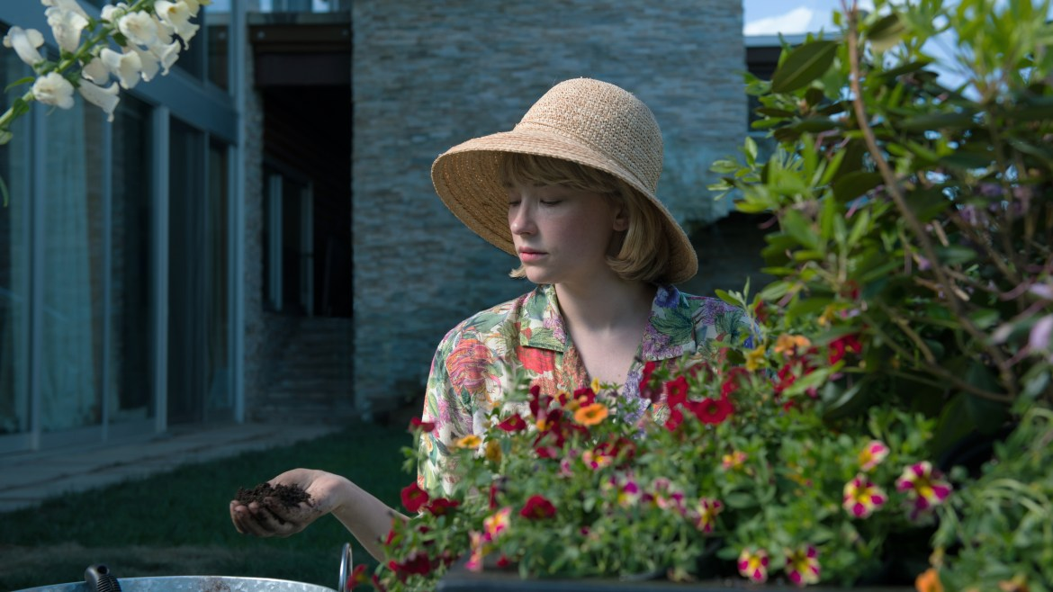 [Fantastic Fest review] 'SWALLOW' – Haley Bennett commands attention and sympathy as a submissive housewife