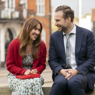 [Interview] Rafe Spall & Esther Smith on the endearing second season of 'TRYING'