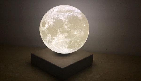 Moon Light zwevende lamp beeldt de maan uit