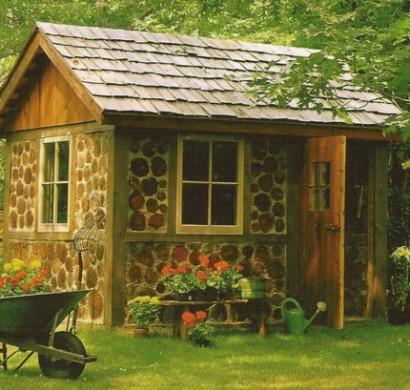 Gartenhuser aus Holz  schnes und kompaktes Gartenhaus