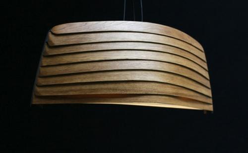 Elegante Drift Lampe  ein Hauch nach Wind Wasser und grellem Licht