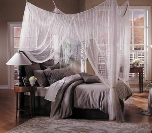 33 erstaunliche weie Himmelbett Designs fr Ihr Schlafzimmer