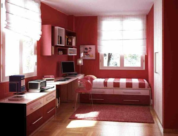 Minimalistische rote Schlafzimmer  Vibrierende rote Farbe