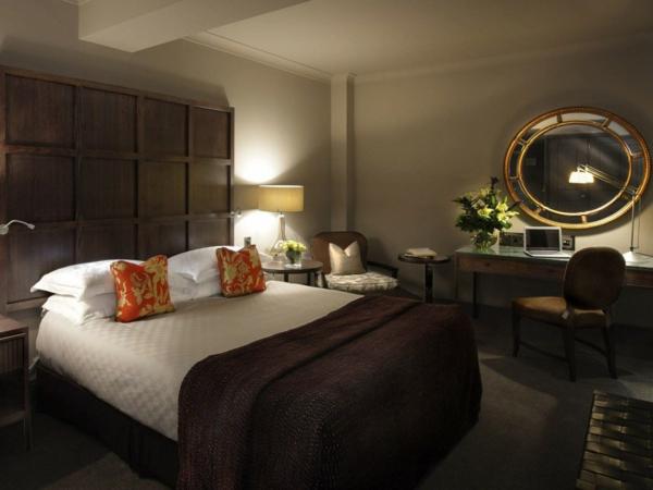 schlafzimmer ideen in lila babblepath moderne deko - boisholz - Schlafzimmer Lila Braun