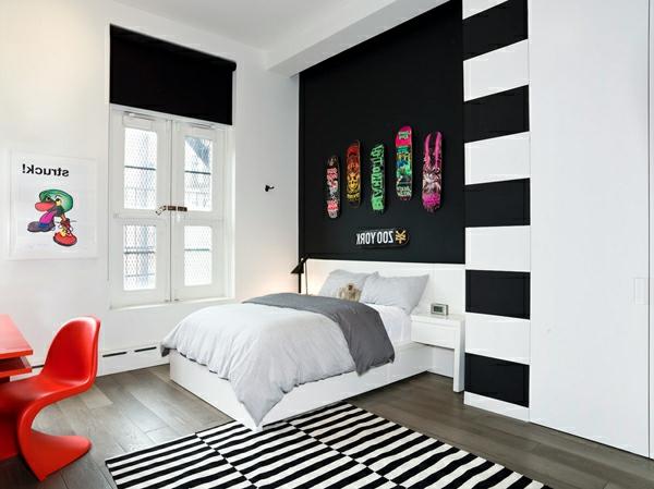 Wandfarbe Ideen mit elegnaten Streifen in Schwarz und Wei