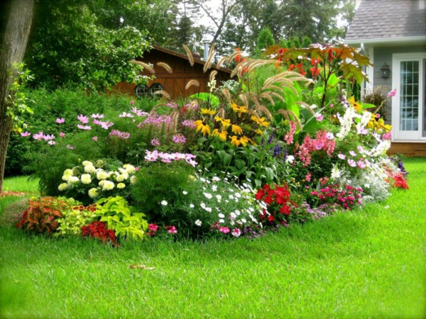 Gartengestaltung Garten Ideen Stauden Pflanzen Blumen Rasen