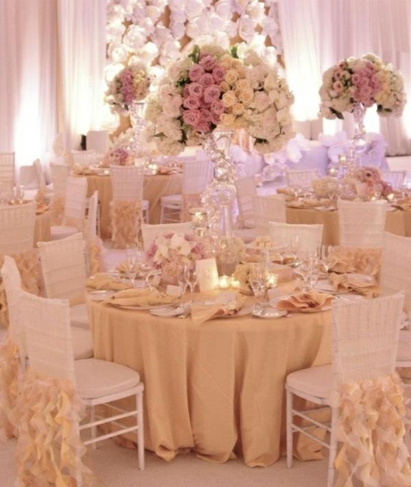 Hochzeitstisch Deko  30 trendy Ideen fr mehr Glanz und Reiz