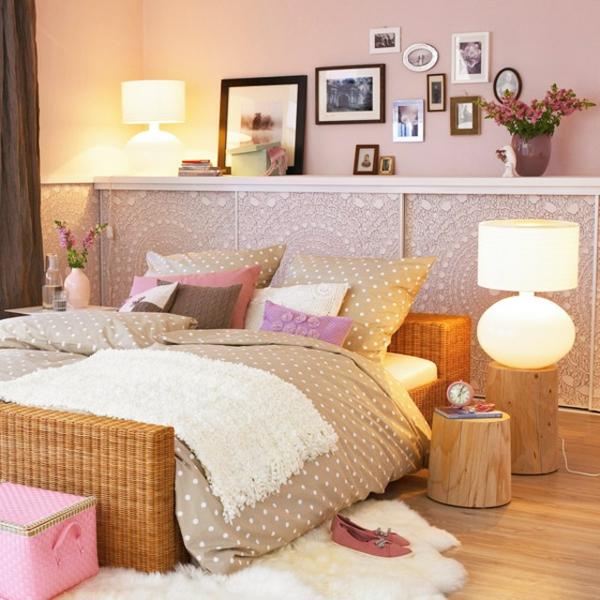 Schlafzimmerwand gestalten  Wanddeko hinter dem Bett