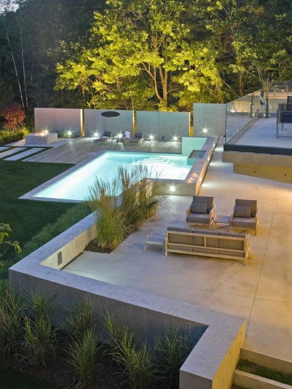 Moderne Gartenzune Schaffen Sichtschutz Im Auenbereich