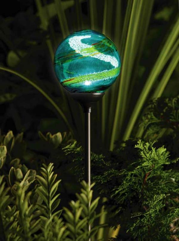 Solarleuchten im Garten  Wie man die richtigen Solarlampen aussucht