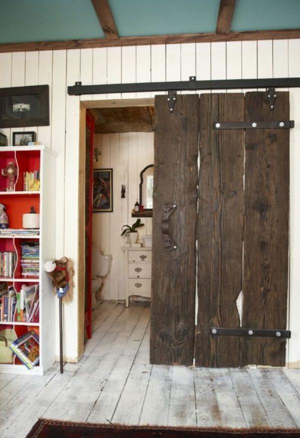 Gleittren selber bauen  DIY Schiebetren im Landhausstil