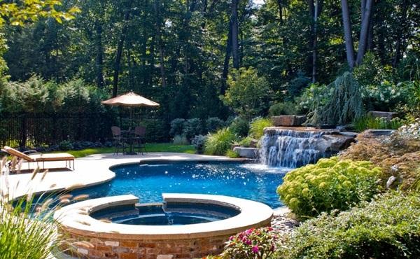 swimming pools for small backyards | designmore, Hause und garten