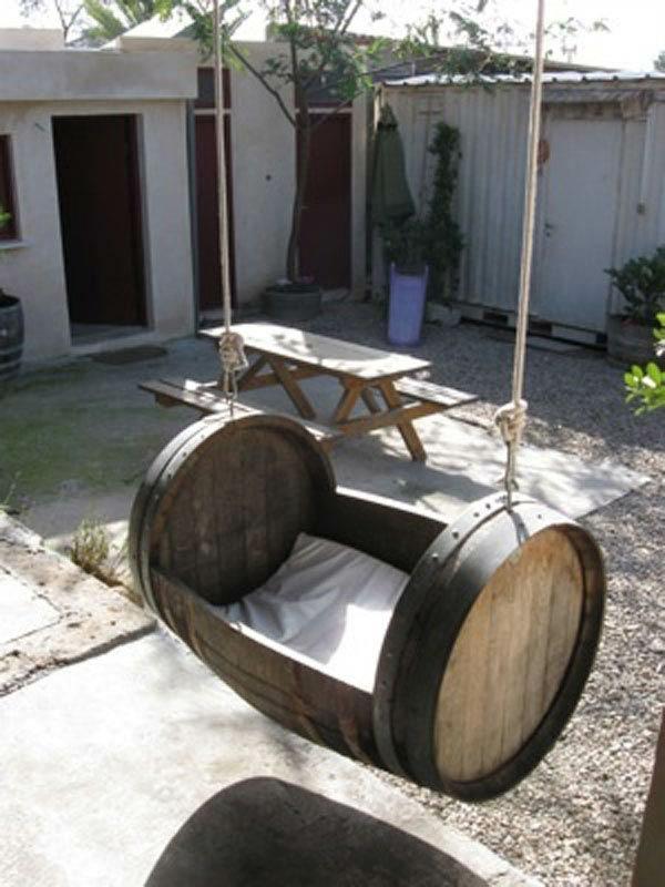 Weinfass Stehtisch Und Viele Andere Diy Mobel Aus Holzfass