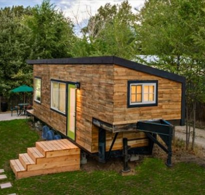Holzhaus aus Europaletten  Ruhe in der Natur
