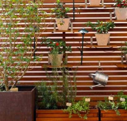 Durch Holzpaneele Einen Vertikalen Garten Fr Ihr Zuhause