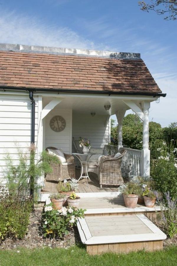 landhaus mit vorbau holz veranda selber bauen | designmore - Amerikanische Holzhuser