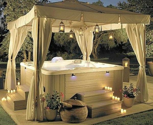 Whirlpool im Garten  gnnen Sie sich diese besonde Art Entspannung