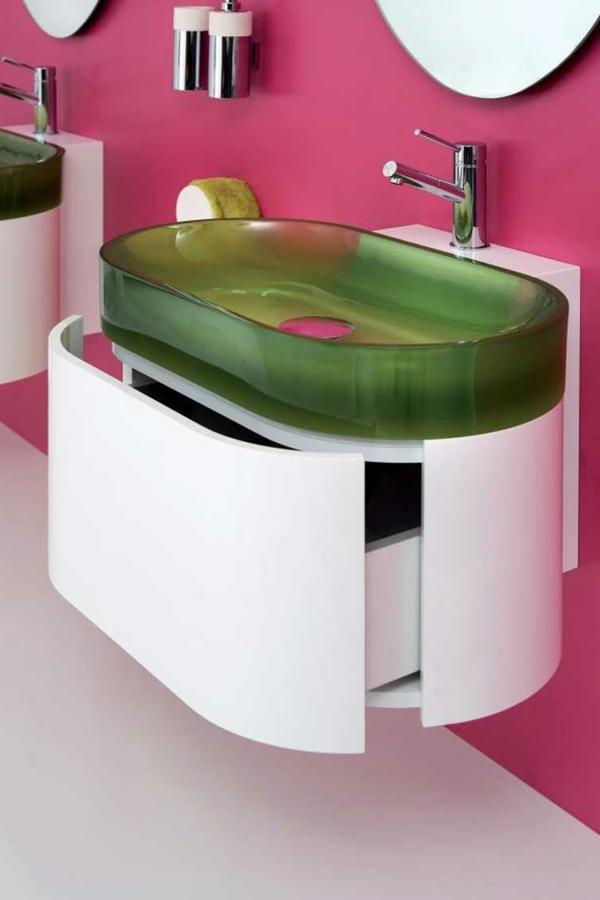 Moderne Waschbecken lassen das Badezimmer zeitgenssischer