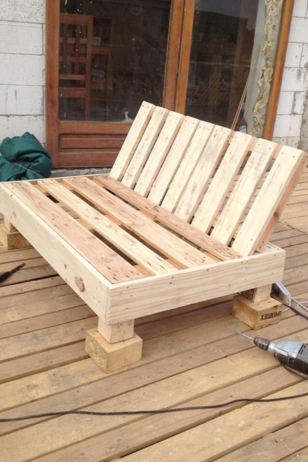sofa selber bauen europaletten isi dacron gartenmobel aus paletten und den aussenbereich ausstatten