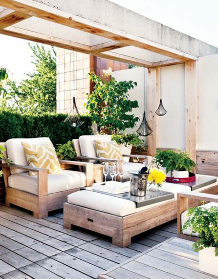 Gartenmbel Set aussuschen und den Sommer voll auskosten