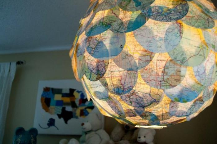 Papierlampen verleihen dem Ambiente einen sommerlichen