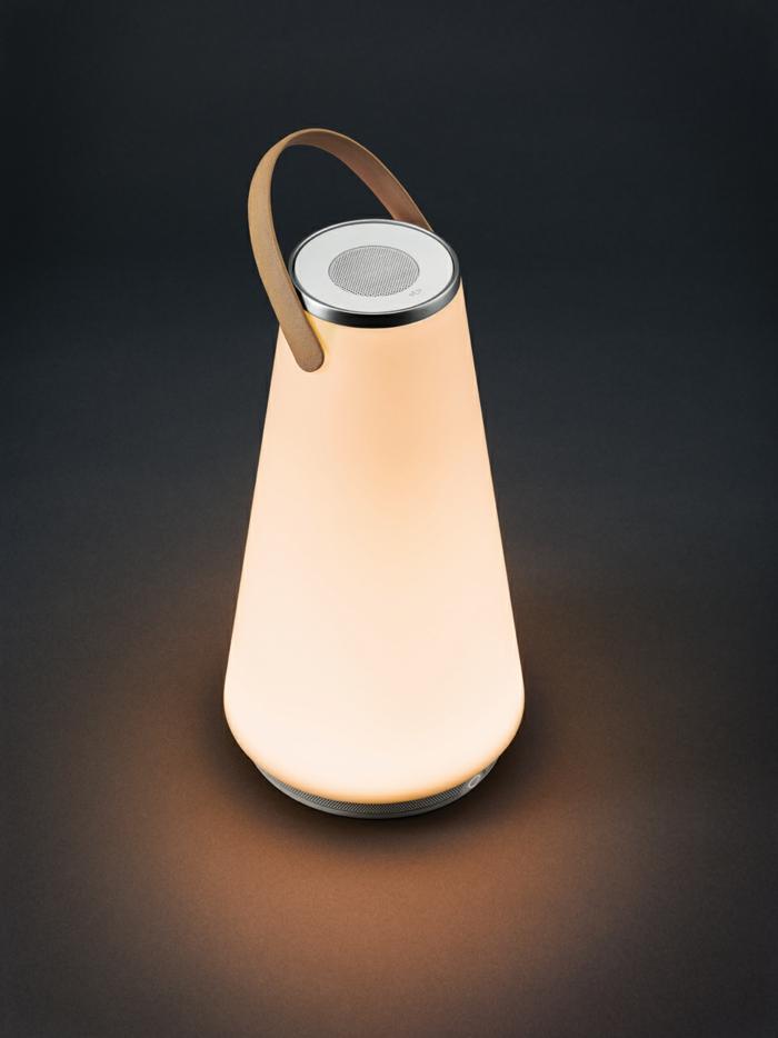 Die Uma LED Laterne  warmes Licht und zarte Musik in Einem