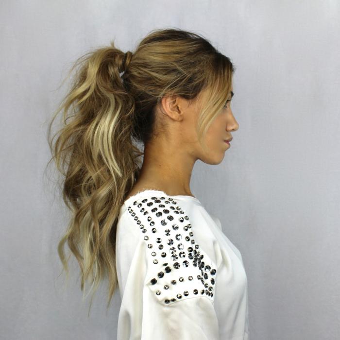 Moderne Frisuren Für Frauen Mittellang Und Lang