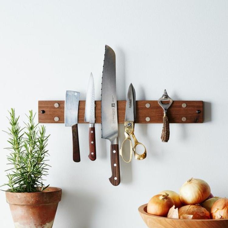 Küchenarbeitsplatte Leiste