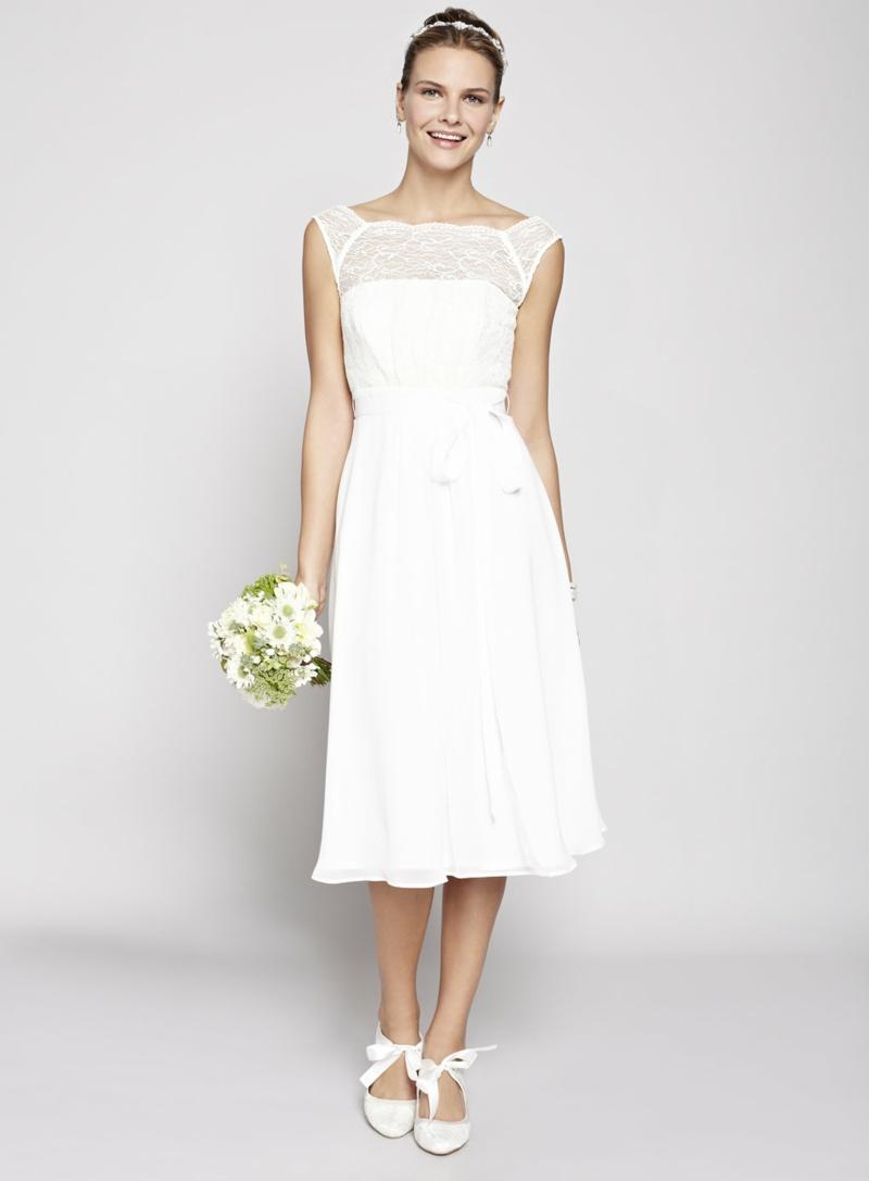 Brautstrau Cremefarbenes Kleid