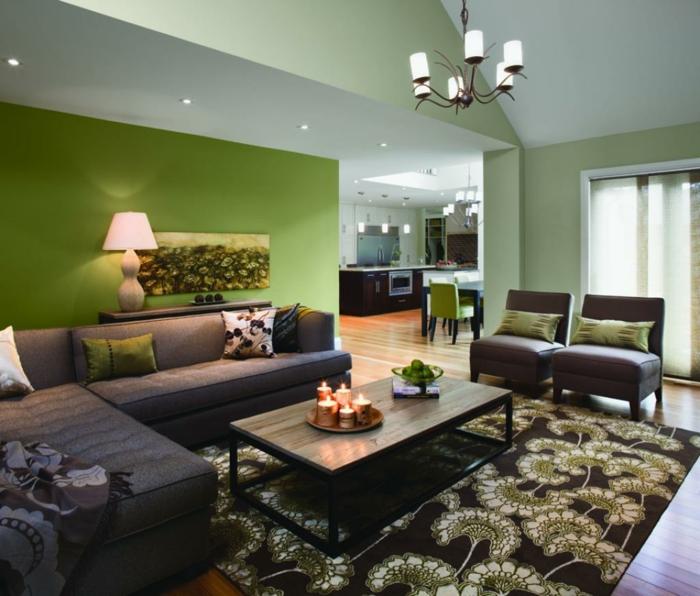 wohnzimmer blaue wandfarbe dunkle leder sessel und couch nesstisch,