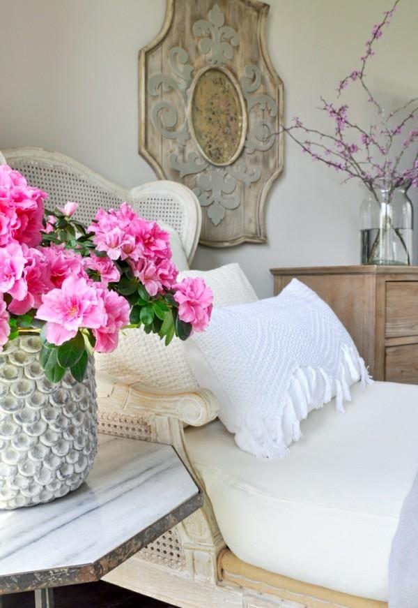 Frhlingsblumen Deko bringt Freude und Farbe in die Wohnung
