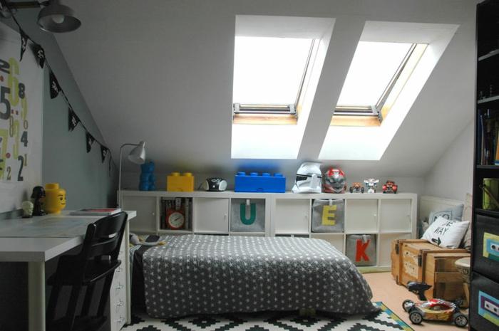 Chambre Denfant Mansardee - Décoration de maison idées de design d ...