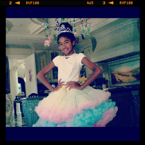 Aoki Lee Simmons celebrates her 10th birthday