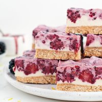 Blackberry Lemon Cheesecake (vegan & paleo)