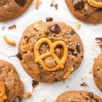 Pretzel & Chocolate Chip Peanut Butter Cookies (paleo & nut-free option)