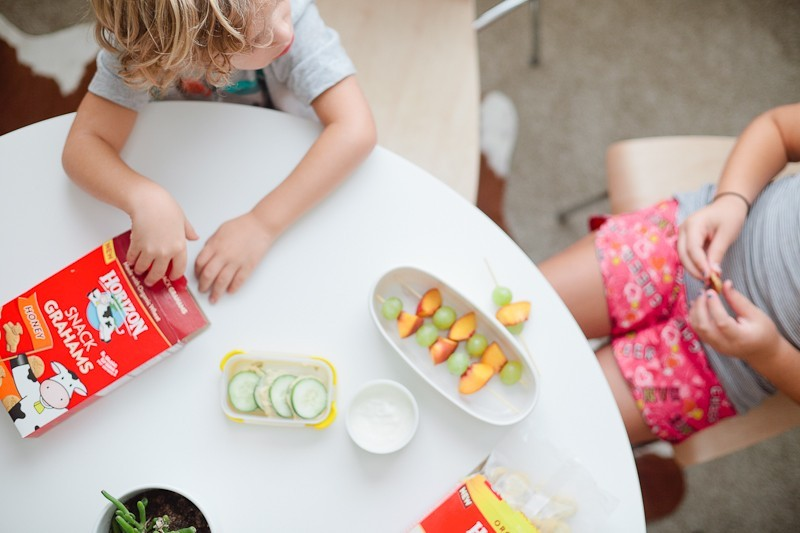 Ideas for packing deliciously creative and healthy lunches kids love with Tabitha Blue of Fresh Mommy Blog and Horizon organic snacks!