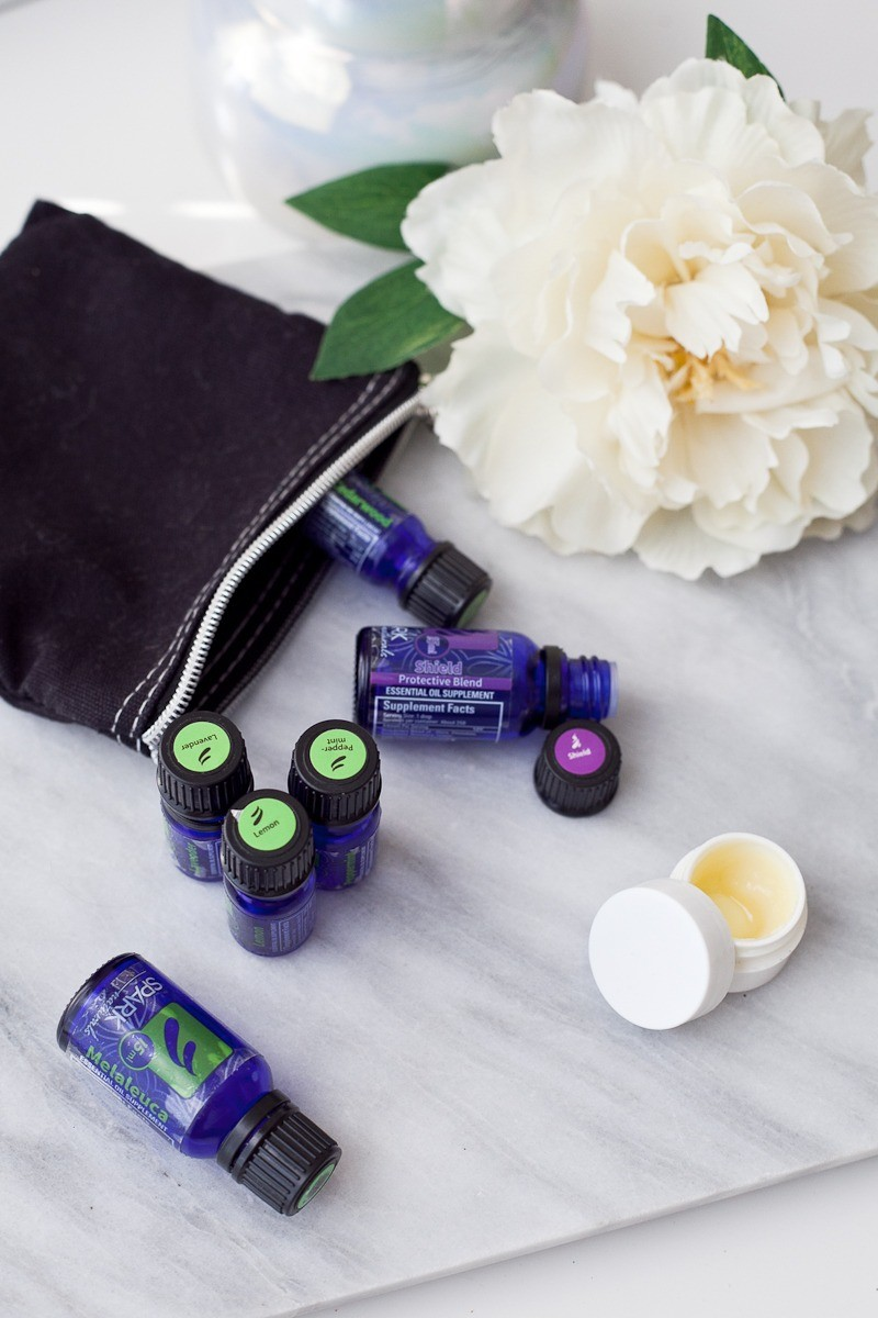The best back to school essential oil blends to help with immune support, focus and attention, calming, and waking up! So try these must have back to school essential oils for students.