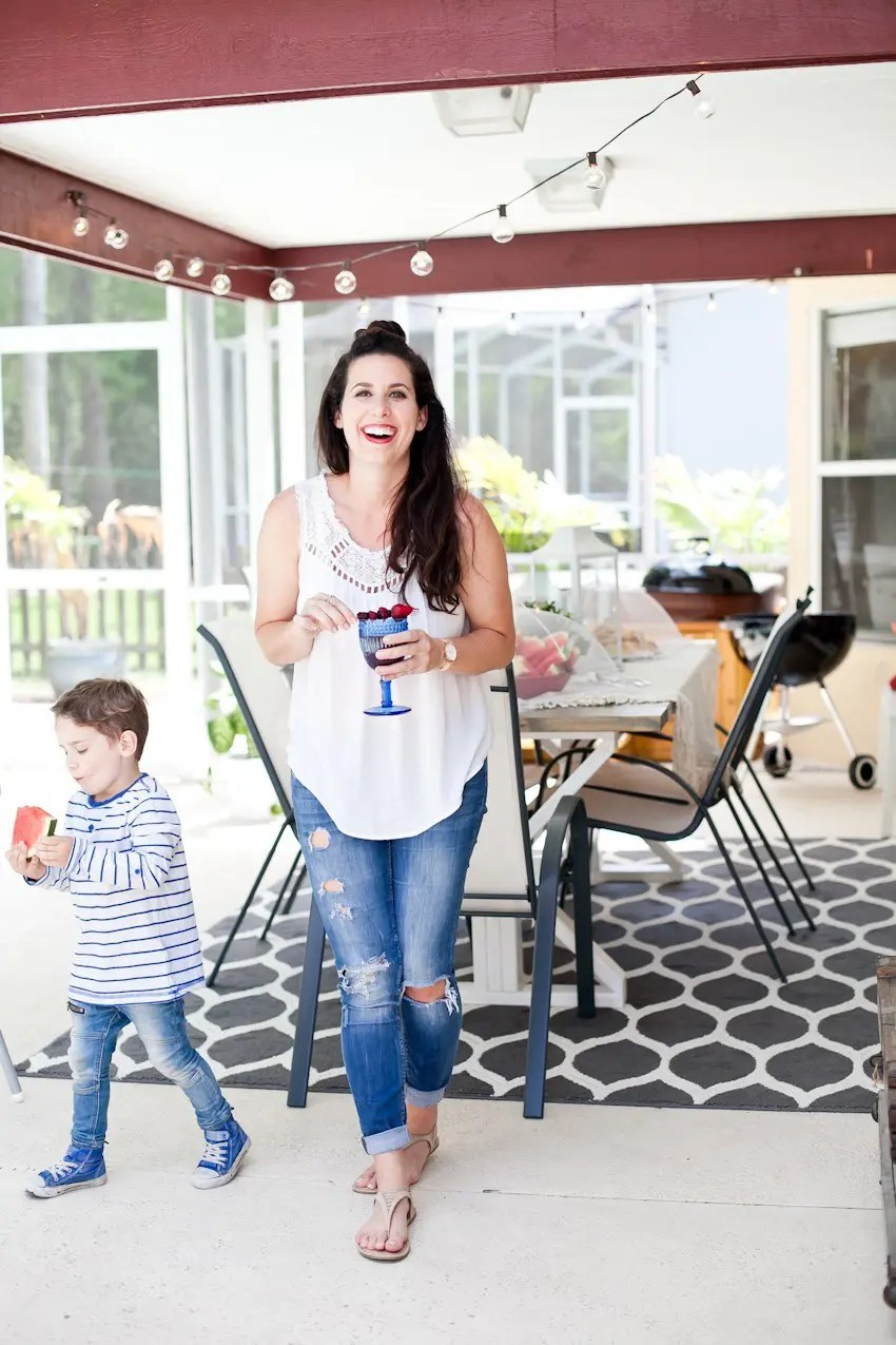The Makings of a Boss Backyard Party. How to plan, set up and execute a great backyard party without stressing! Check out our patriotic theme for a fun summer BBQ too!