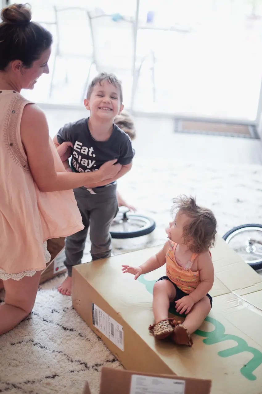 https://i0.wp.com/freshmommyblog.com/wp-content/uploads/2017/07/Woom-Bike-Unboxing-with-Tabitha-Blue-of-Fresh-Mommy-Blog-15.jpg?resize=850%2C1275
