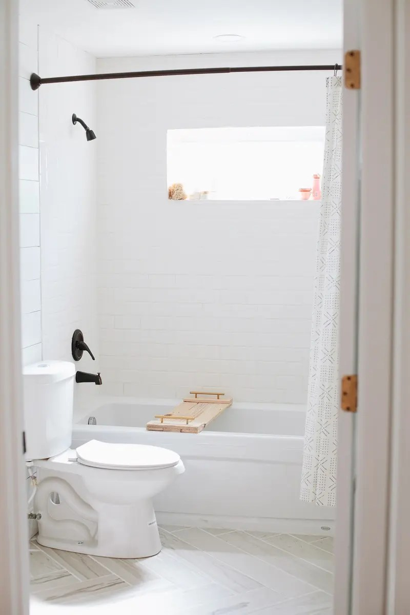 Bathroom remodel update diy faux shiplap walls fresh for Bathroom updates