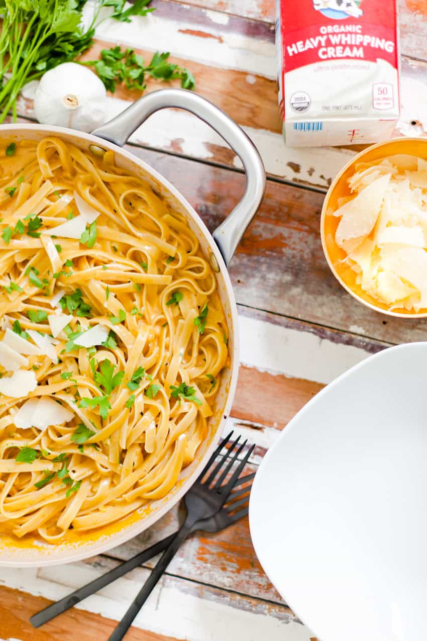 YUMMM is all I can say! I know why you're here: it starts with PUMPKIN… Pass on the BORING white alfredo and whip up this creamy pumpkin alfredo dish that's perfect fall dinner and easy enough for a weeknight meal!