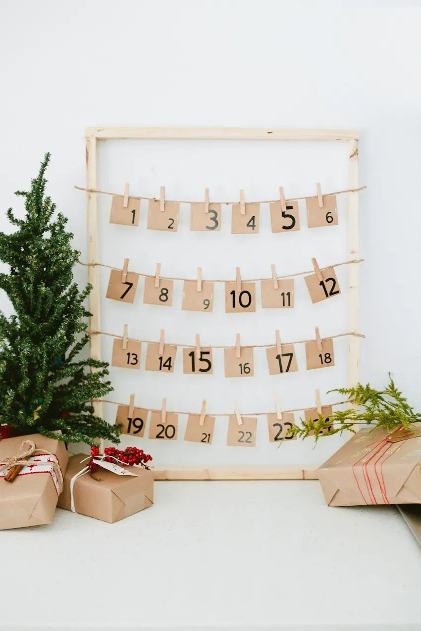 DIY Countdown to Christmas Advent Calendar