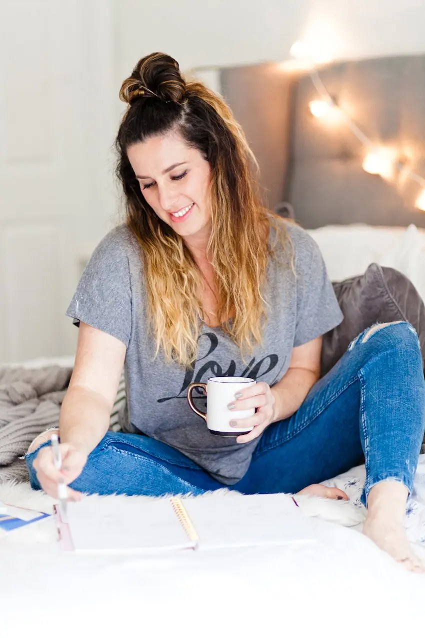 Three simple and essential new years goals for a happier year by popular Florida lifestyle blogger Fresh Mommy