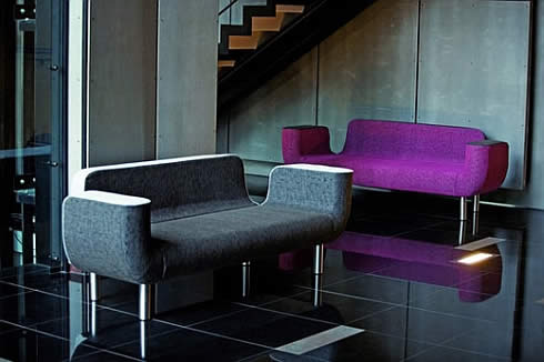 moara sofa 2 Moara Sofa : Beautiful, But Practical?