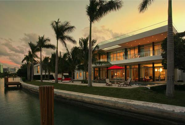 villa okto Wonderful Otko Villa on a Private Island in Miami Beach, Florida for Sale